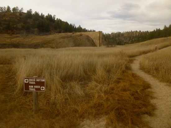 Junction with Rimrock Trail, with the remains of Castlewood Canyon Dam beyond