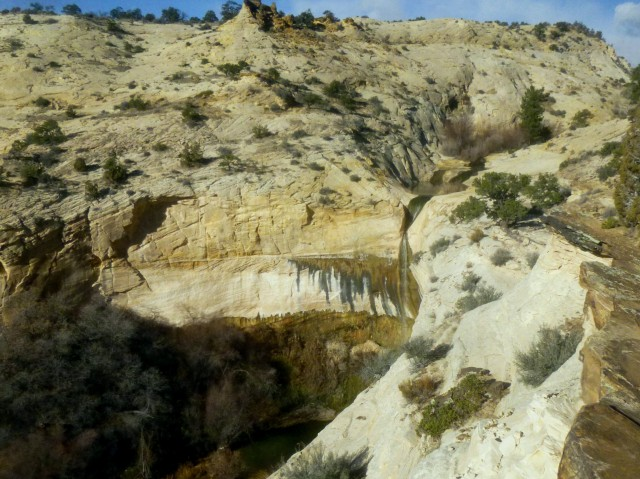 Upper Calf Creek Falls and the pool from the upper route