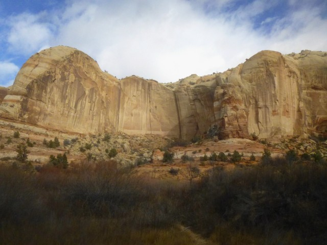 Impressive Navajo sandstone walls, Calf Creek Canyon