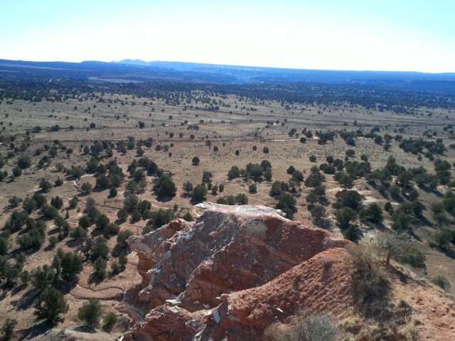 View south, toward Grand Staircase-Escalante, from the overlook