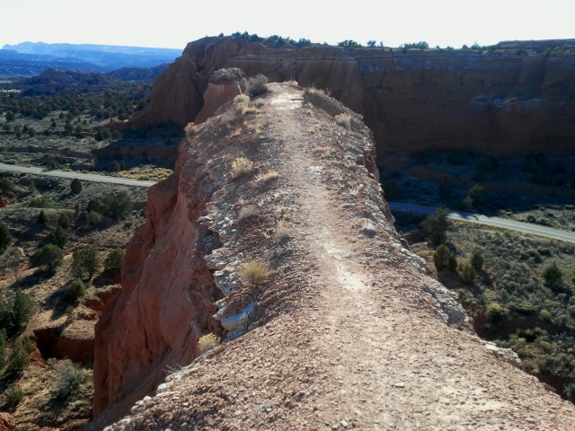 Overlook, atthe end of a harrowing ridgeline, Angel's Palace Trail, Kodachrome Basin State Park