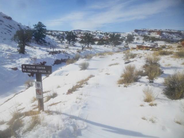 Trailhead, following the approach to Sulphur Creek