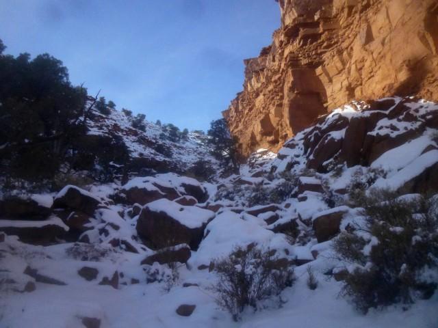Boulder-strewn entrance to the side canyon