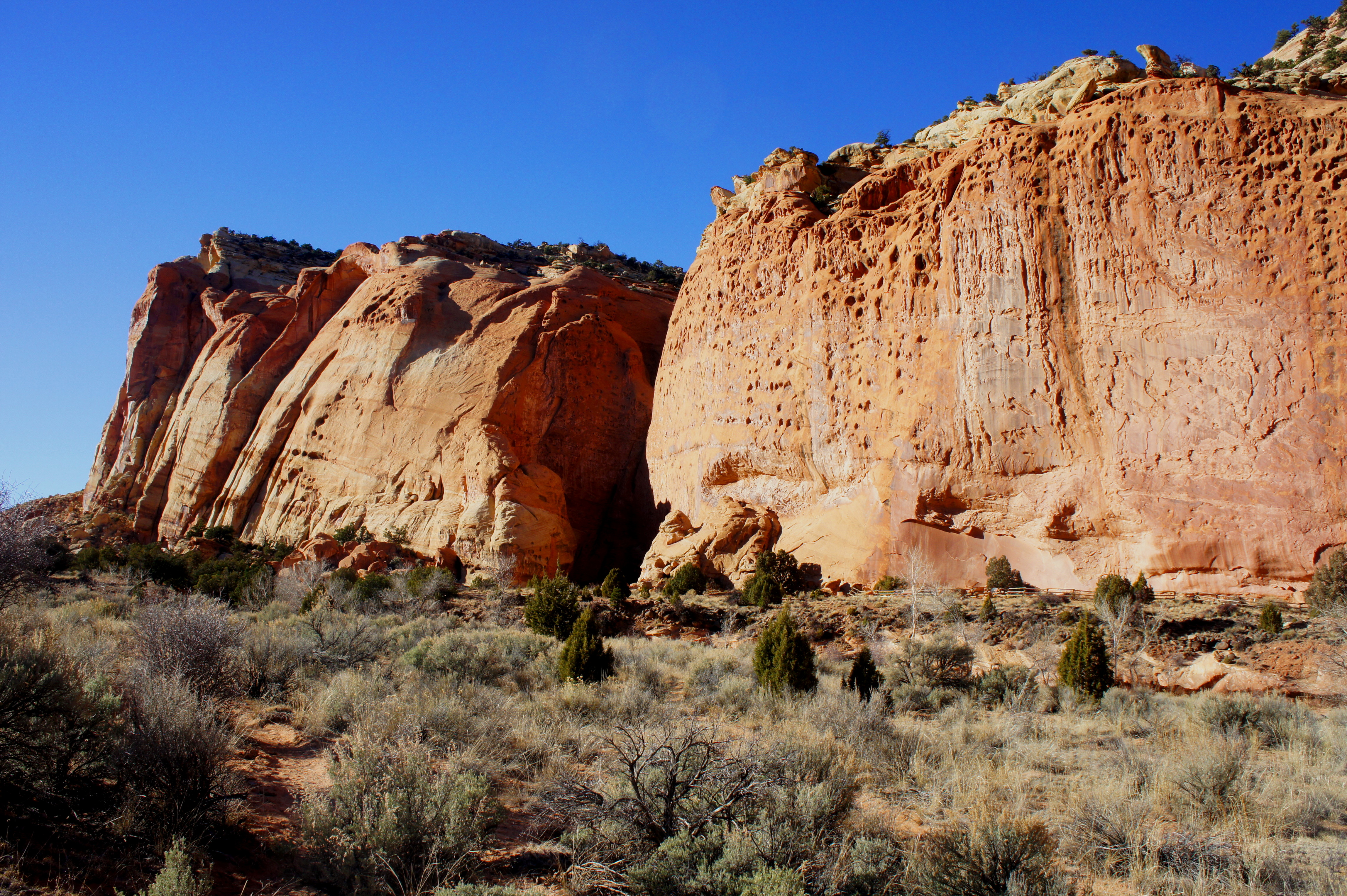 Pleasant creek capitol reef national park ut live and for The wingate