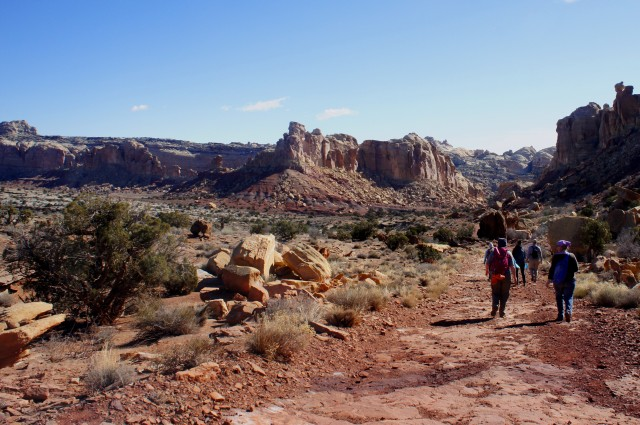 Descending the Beyond-the-Reef Road toward Little Wild Horse Canyon