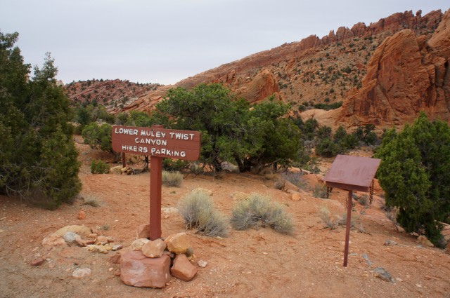 Lower Muley Twist Canyon Trailhead on the Burr Trail, Capitol Reef National Park