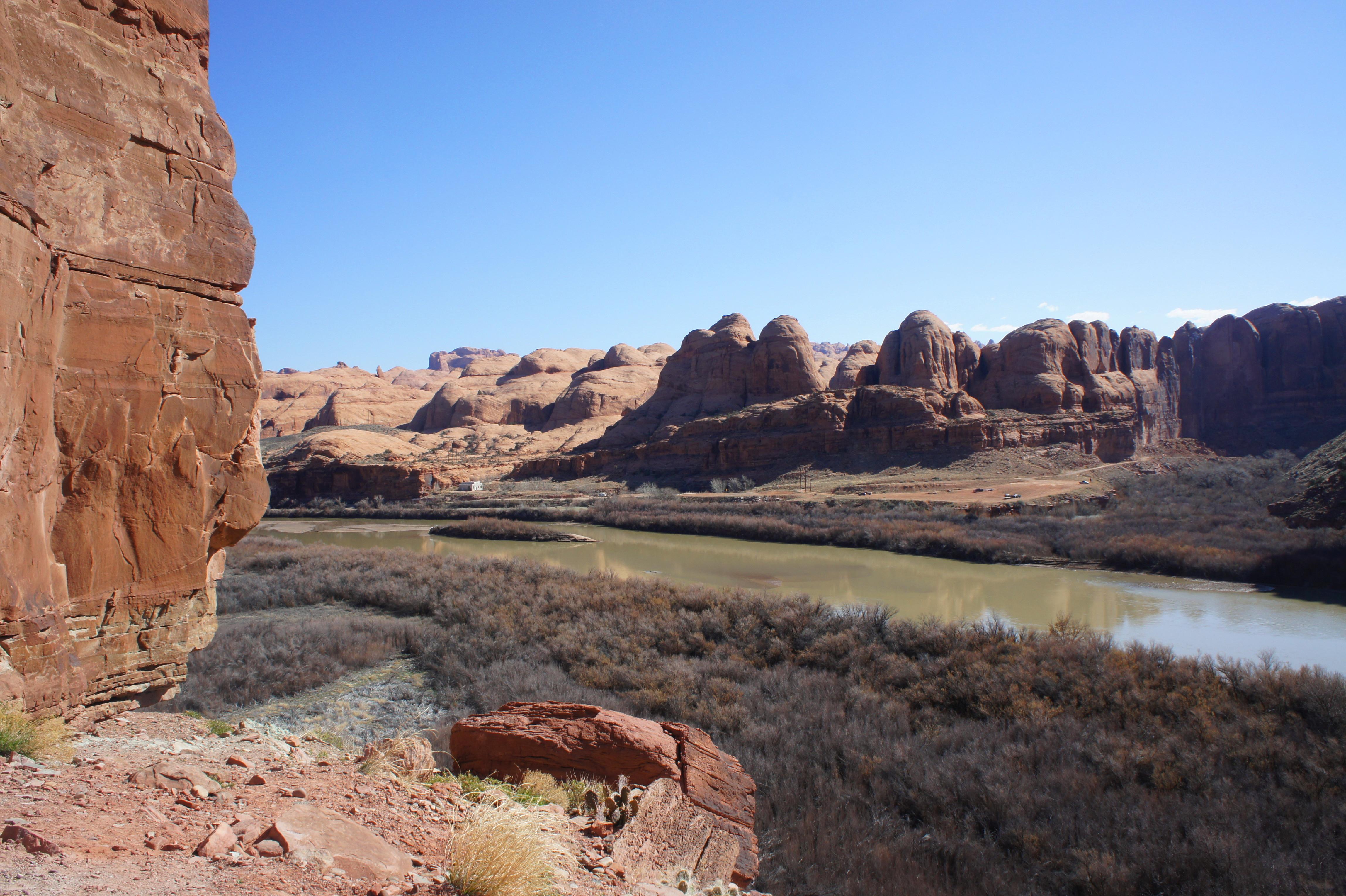 Canyonlands Hiking Guide