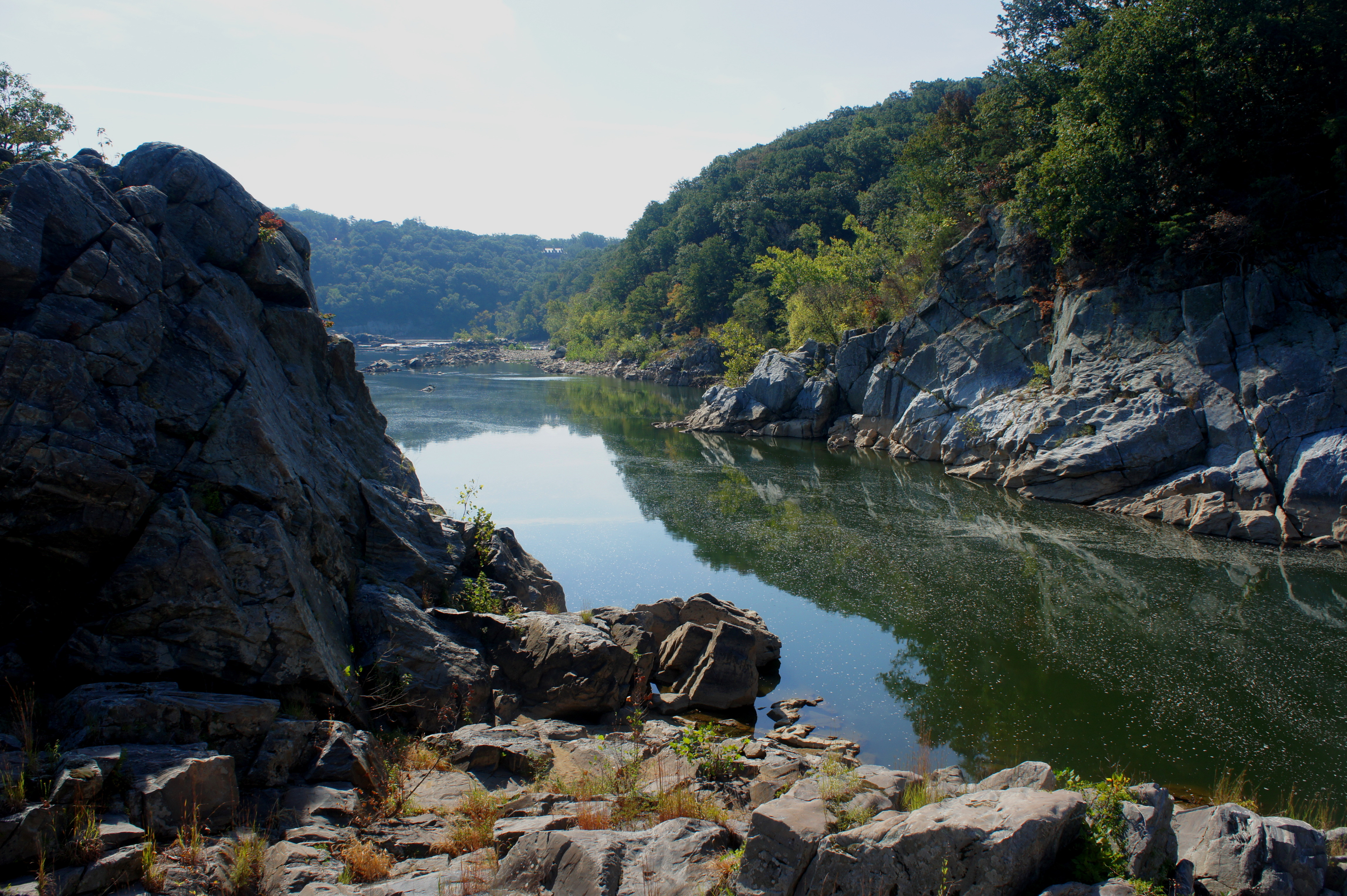 billy goat trail Technically, the billy goat trail is located at great falls national park - in maryland but the trail and park are just moments outside of washington dc parking for a hike on the billy goat trail (section a) can be found either at great falls visitor center (for a fee) or at the access across from old angler's inn (for free.