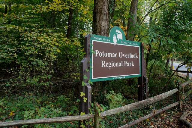 Potomac Overlook Regional Park entrance