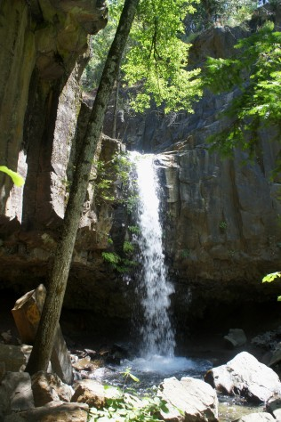 Hedge Creek Falls